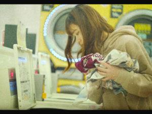 コインランドリーが登場するPV/Gum Girl「マヨナカトーキョーシティライト」