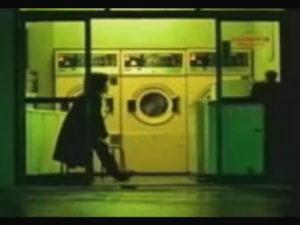 コインランドリーが登場するPV/エレファントカシマシ「夢のかけら」